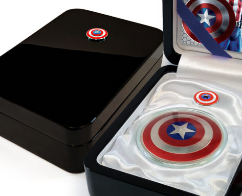Captain America 75th Anniversary Black-lacquer Display Case